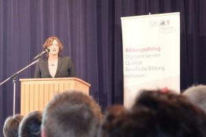 Britta Ernst, Bildungsdialog in der Ricarda-Huch-Schule