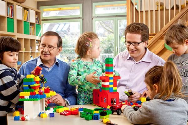 Kommunalwahl 2013 - Mit Hermann Hanser in der Kita Willinghusen