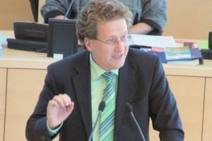 Martin Habersaat debattiert