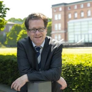 Martin Habersaat vor dem Landeshaus, 2020