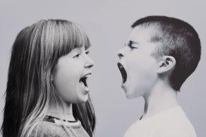 Kinder streiten (Pixabay)